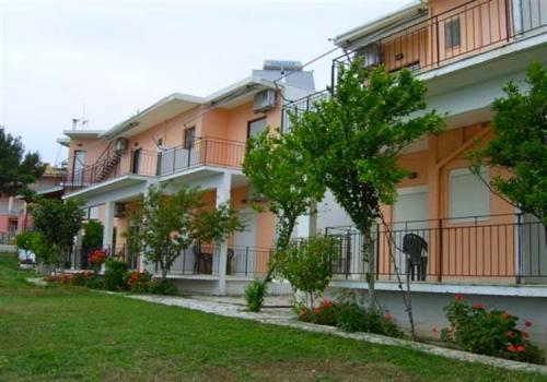 Tsoumas Apartments